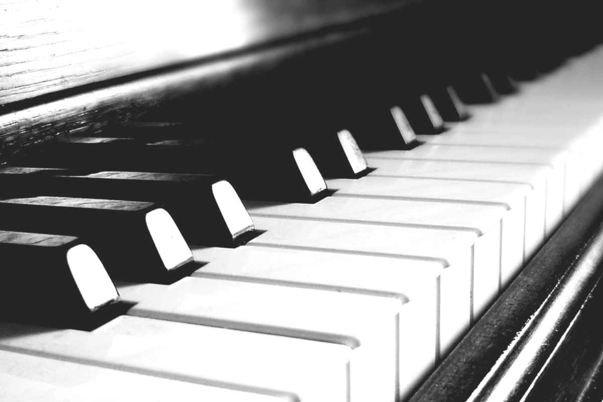 Jak uczyć się grać na pianinie?